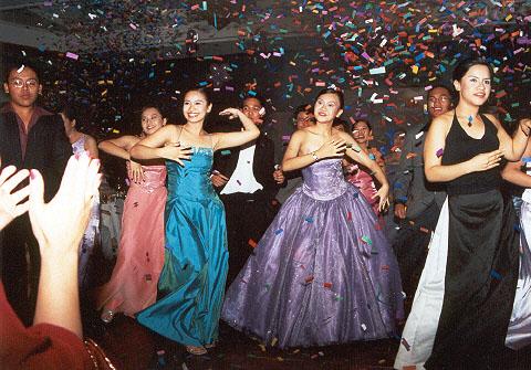 showdance2.jpg